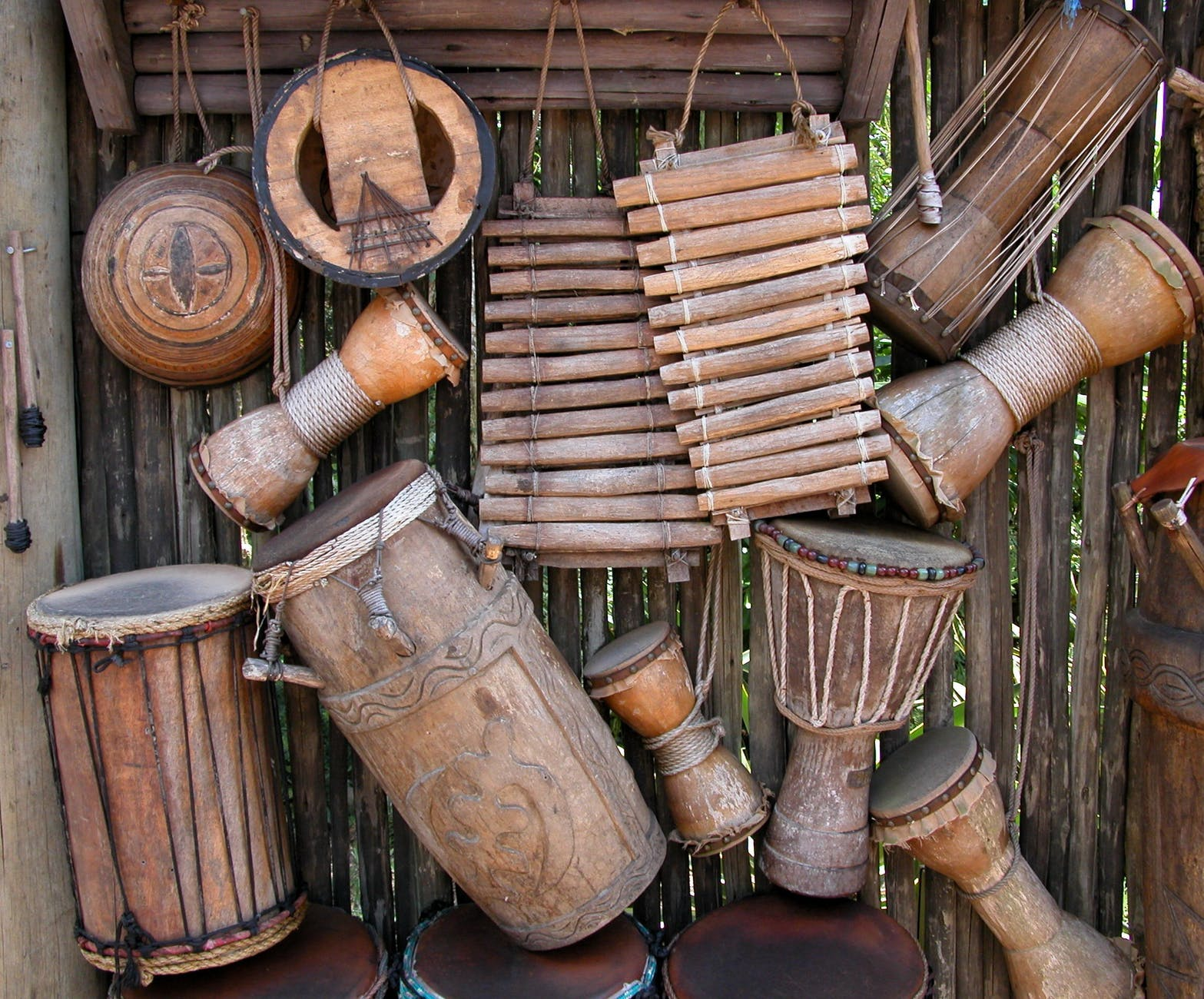 african-instruments-background-music-158664.jpeg
